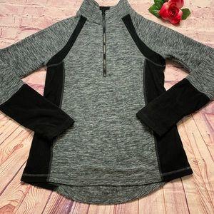 So Girls Medium Long Sleeve Gray & Black Pullover